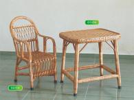 Комплект детска правоъгълна маса и стол от ракита