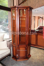 стъклена дървена витрина по поръчка