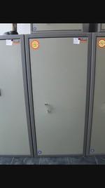 Метални каси и сейфове за търговски обекти