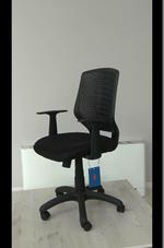 луксозни офис столове по поръчка с луксозна визия